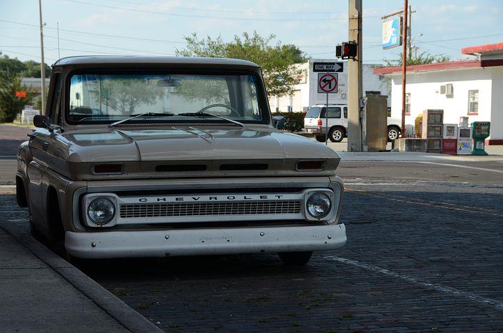 i-140836e2bd11a1f6909eb83040c80f1f-Truck.jpg